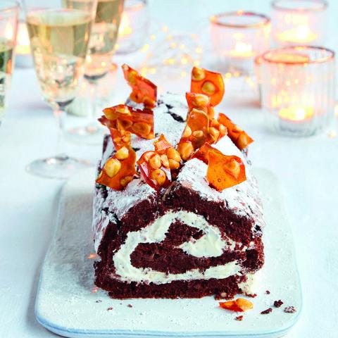 Mary berry's chocolate and hazelnut boozy roulade