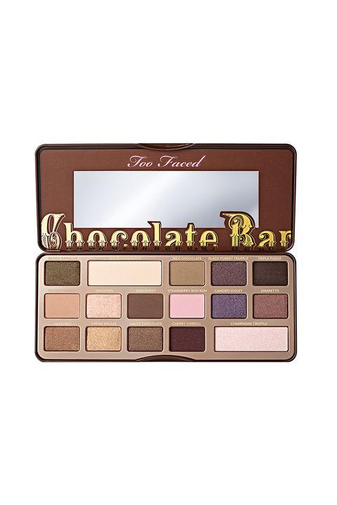 Eye shadow, Eye, Brown, Organ, Human body, Cosmetics, Beige,