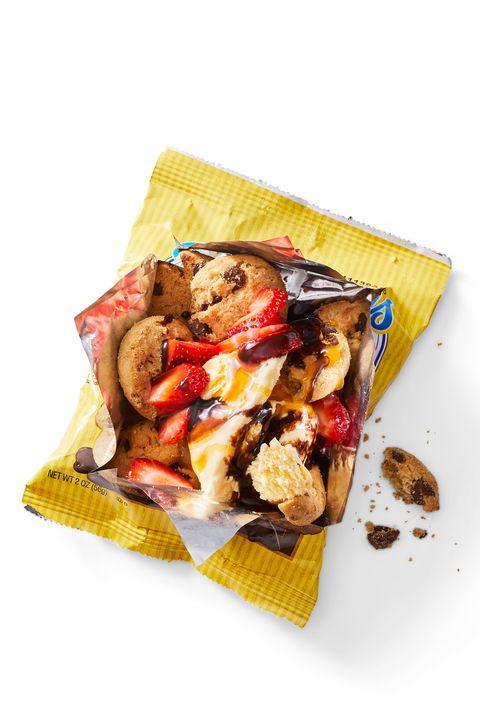chocolate chip sundaes snack bag