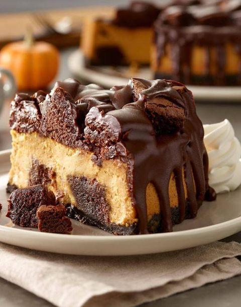 courtesy of olive garden - Olive Garden Pumpkin Cheesecake