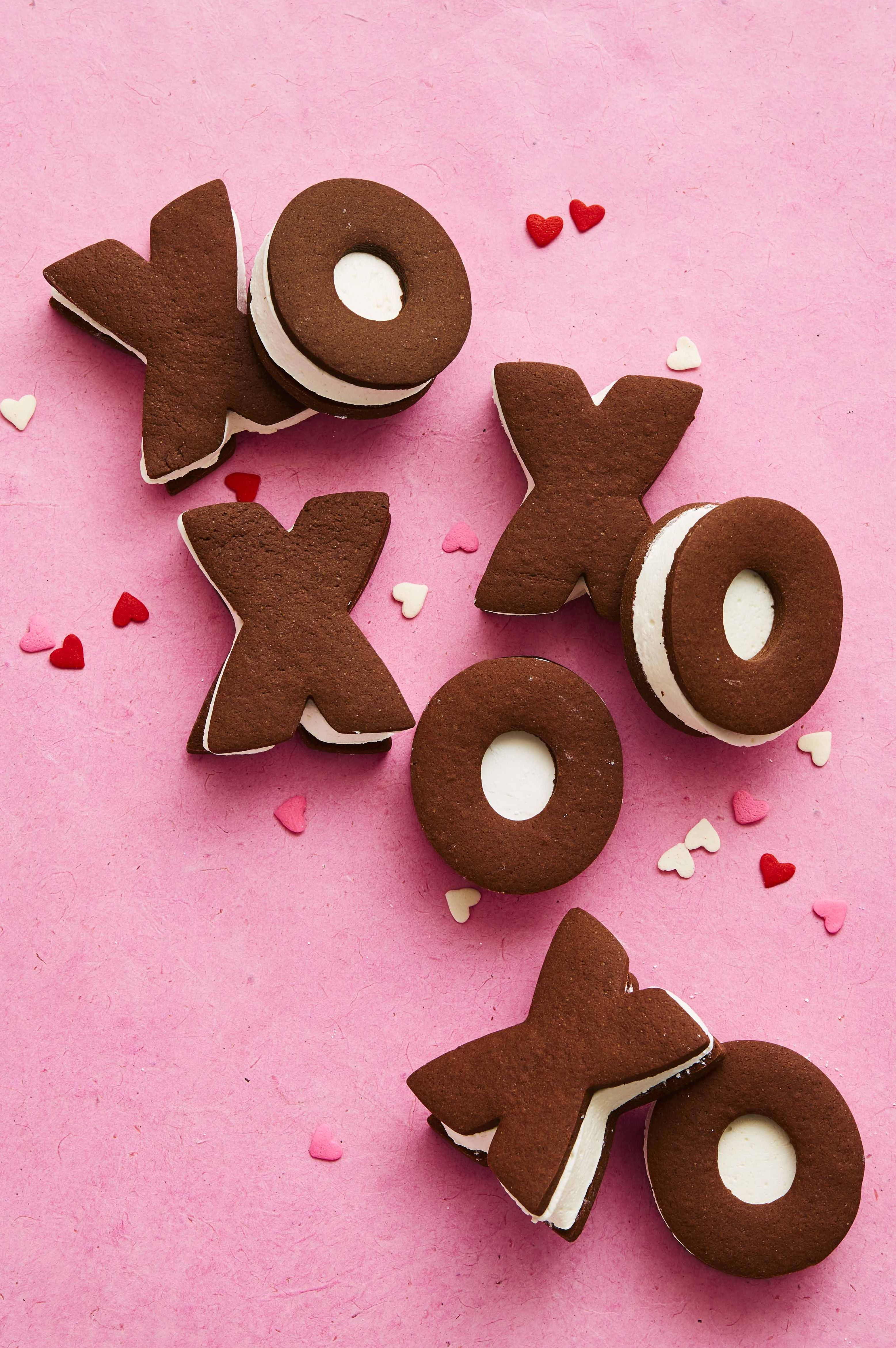 Valentine's Day Cookies - Chocolate Marshmallow Sandwich Cookies