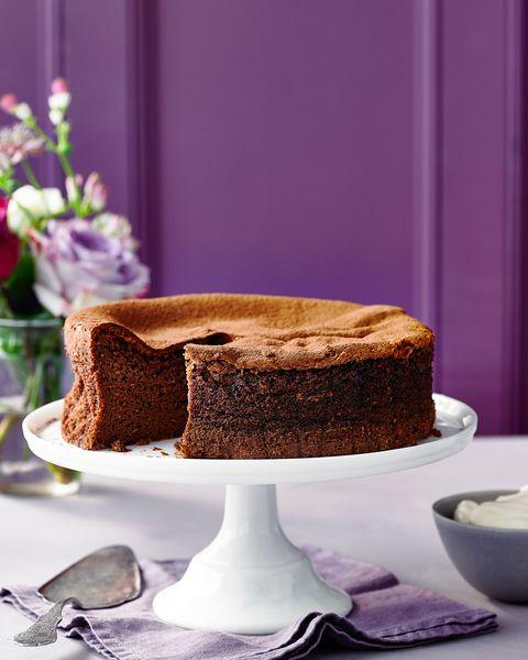 best easy baking recipes three ingredient chocolate cake