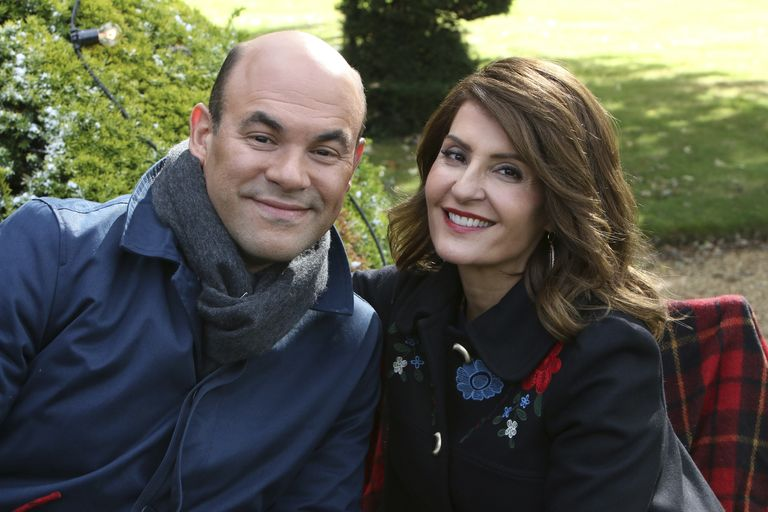 My Big Fat Greek Wedding Star Nia Vardalos Files For Divorce From Husband Of