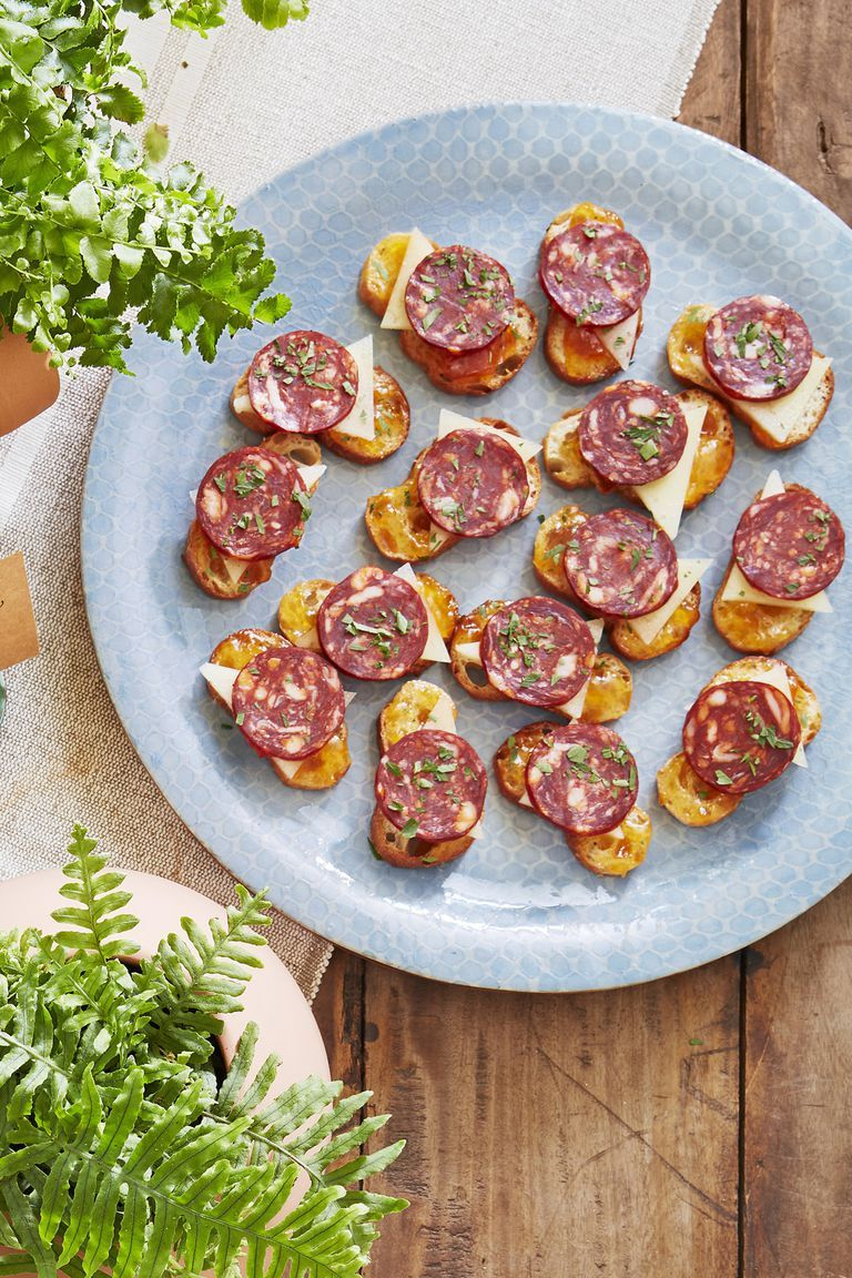 33 best christmas appetizers easy recipes for christmas party apps