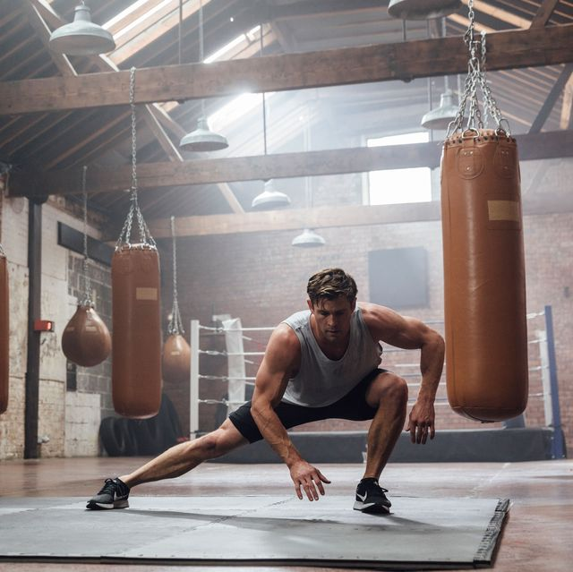 Chris Hemsworth bodyweight workout