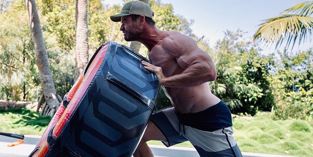 'Thor: Love and Thunder': Natalie Portman comenta una musculosa imagen de Chris Hemsworth