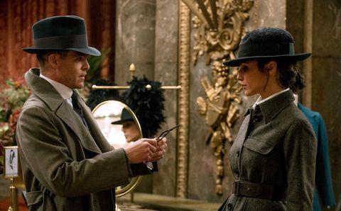 Conversation, Movie, Headgear, Suit, Hat, Fashion accessory, Scene, Fedora,