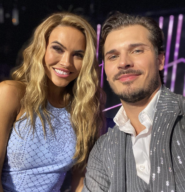chrishell stause and gleb savchenko take stage for final time on dancing with the stars season 29 finale
