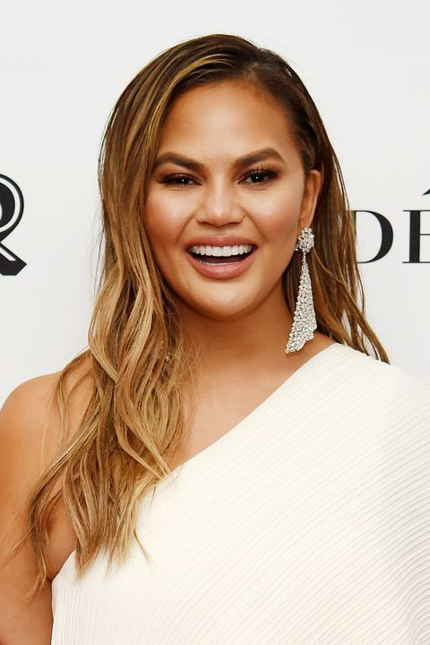 3b14452cee7 Chrissy Teigen Makeup - 2018 Glamour Women Of The Year Awards: Women Rise -  Backstage