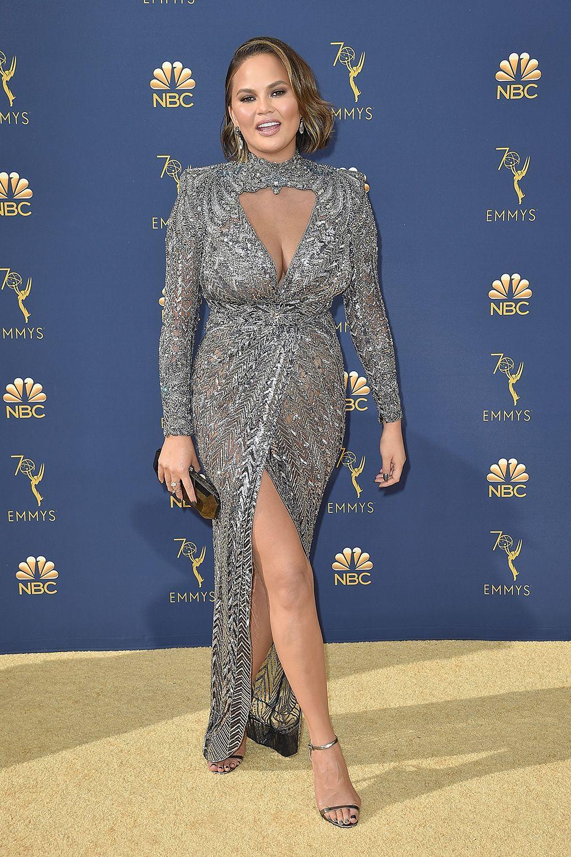 Chrissy Teigen expertly shut down body-shamers at the Emmys