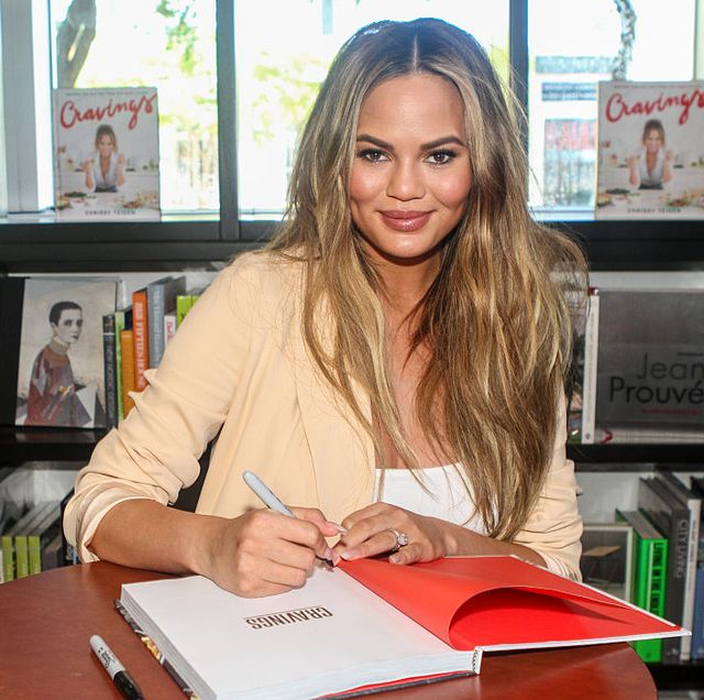 chrissy teigen book signing at books  books