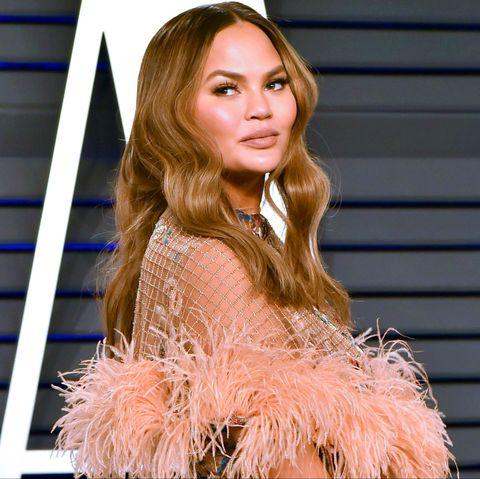 Hair, Blond, Hairstyle, Brown hair, Beauty, Fashion model, Hair coloring, Fur, Long hair, Lip,