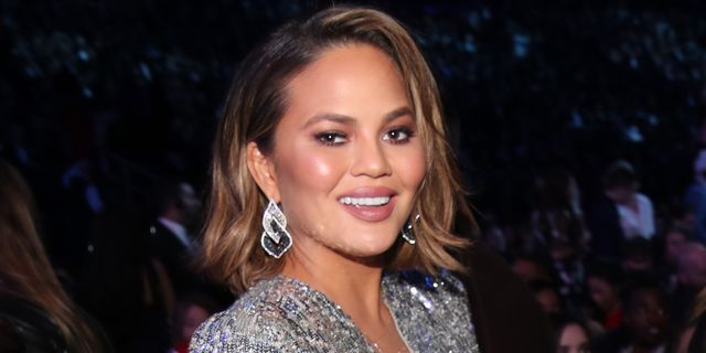 """chrissy teigen's daughter writes goodbye card to her mum's """"boobies"""" ahead of surgery"""