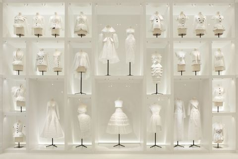 White, Lighting, Glass, Interior design, Display case, Room, Architecture, Shelf, Furniture, Light fixture,
