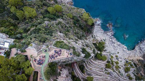 jamie bernfield and seth birkan aerial shot of amalfi coast wedding