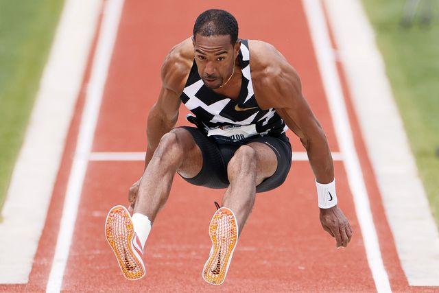 christian taylor salta triple durante una competicion en estados unidos