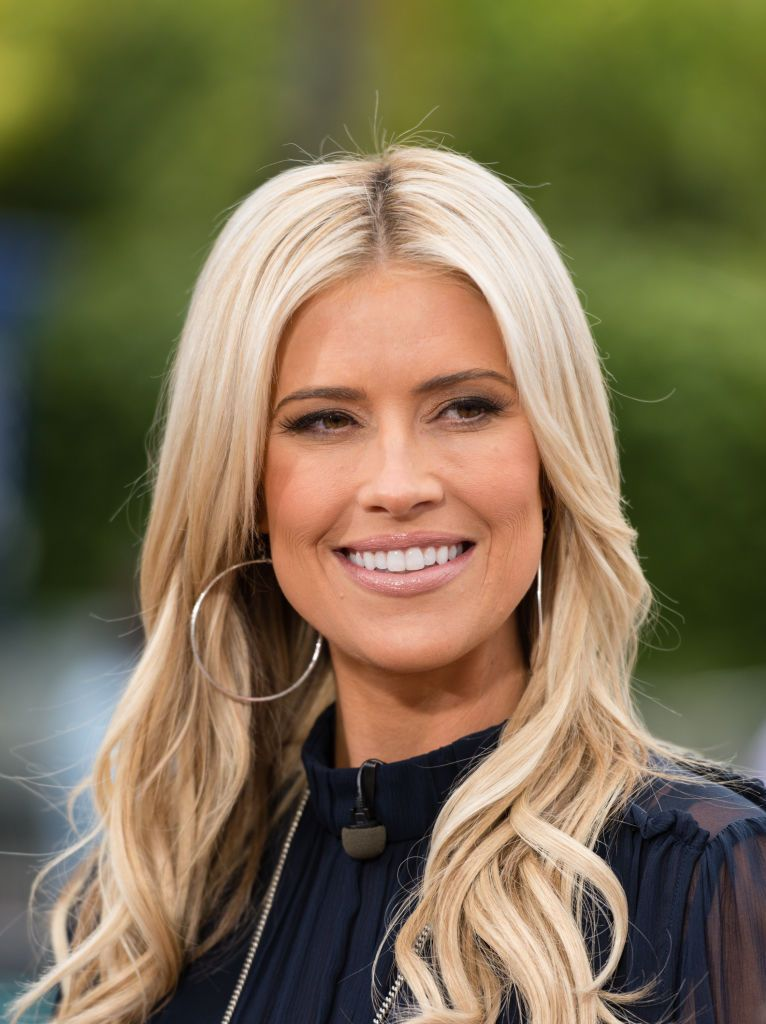 'Flip Or Flop' Star Christina Anstead Is Eating Her Own Placenta In Pill Form