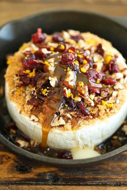 christmas appetizers baked brie cranberry pecan