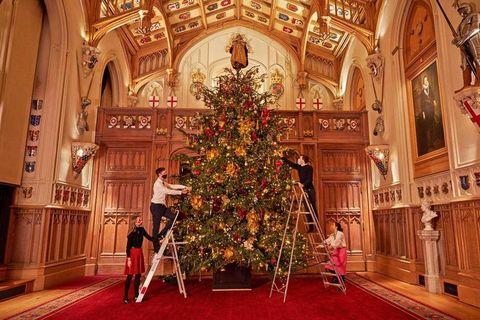 ウィンザー城 クリスマス ロイヤルファミリー