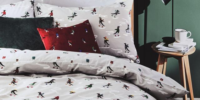Christmas 2020 Bedding 26 Christmas Bedding Sets   Best Christmas Duvet Covers