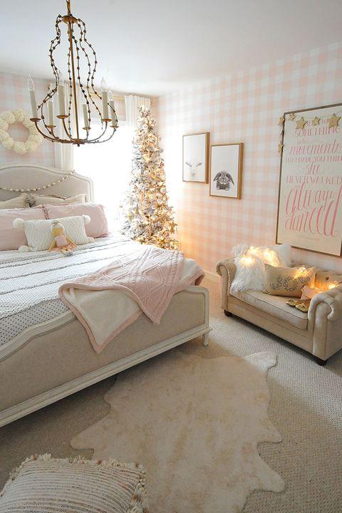 24 Best Christmas Bedroom Decor Ideas 2019 - Holiday ...