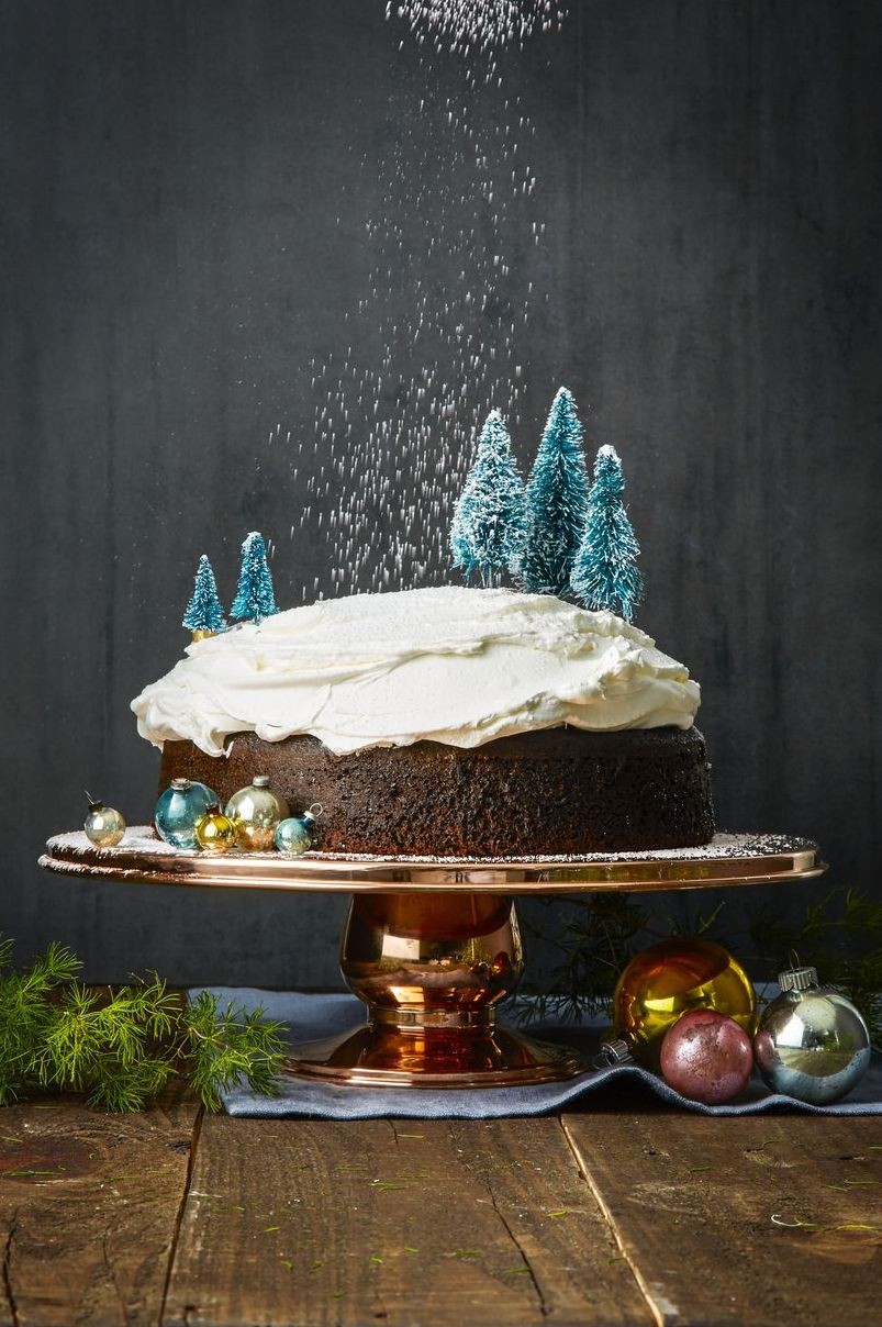 christmas cakes Tree-Mendous Gingerbread