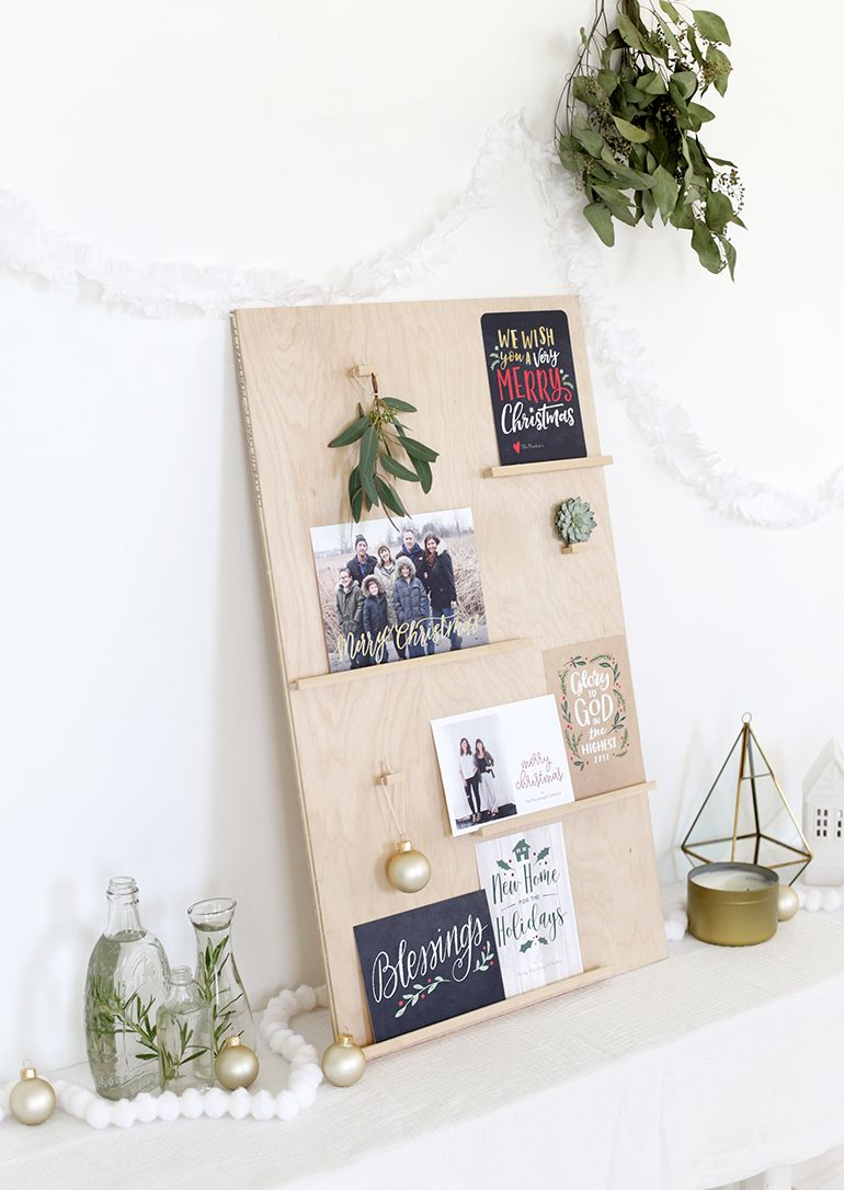 27 DIY Christmas Card Holder Ideas - How to Display Christmas Cards