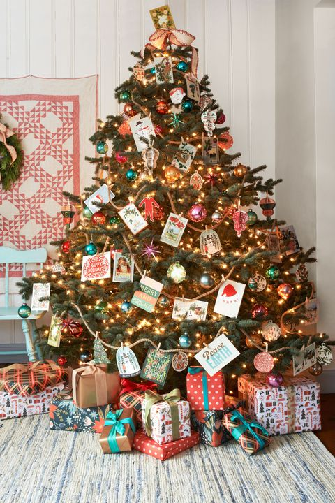 christmas card tree - 30 Decorated Christmas Tree Ideas - Pictures Of Christmas Tree