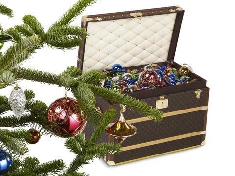 Tree, Christmas tree, Christmas ornament, Fir, Conifer, Pine family, Plant, Christmas decoration, Interior design,