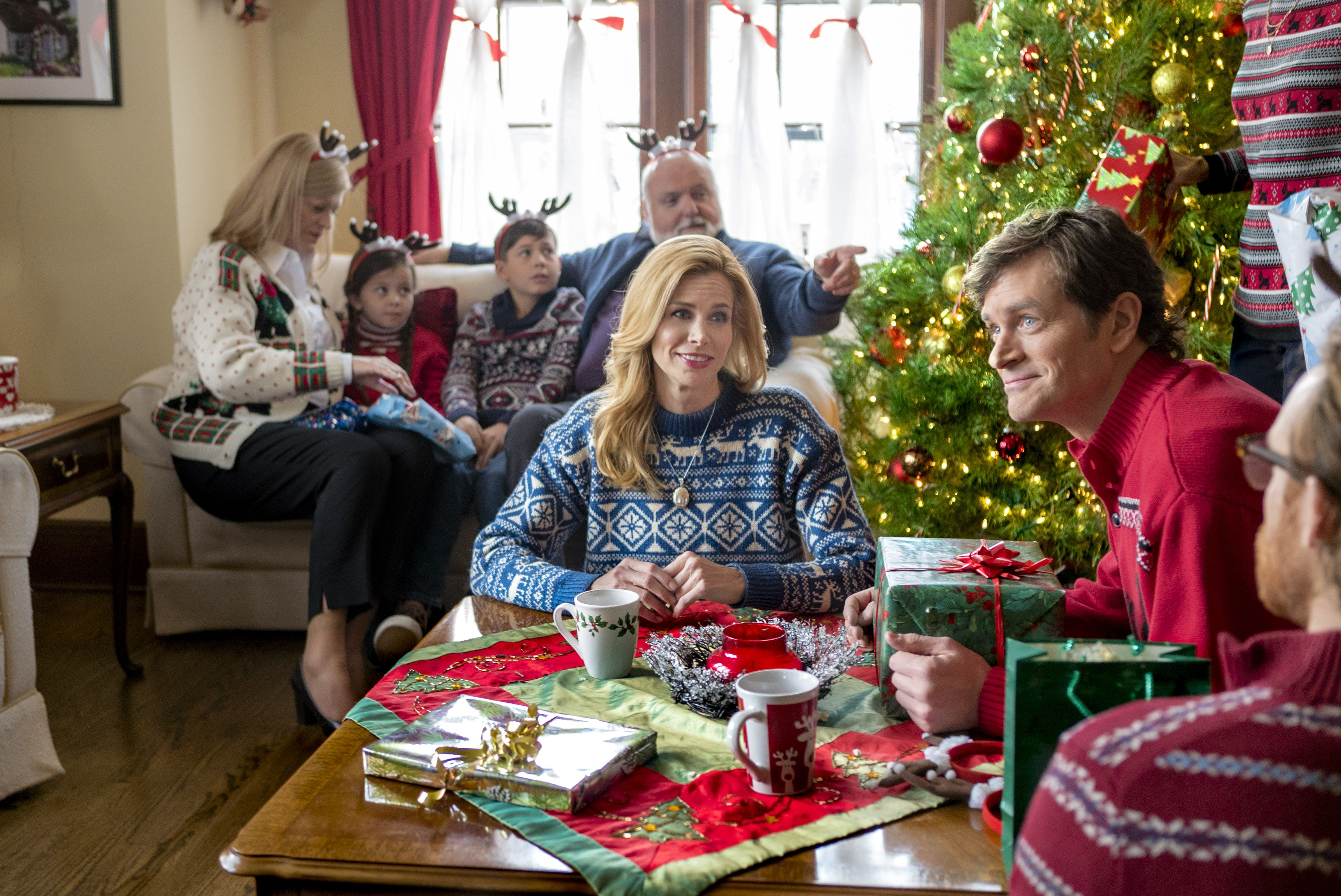 The 25 Best Hallmark Christmas Movies Of All Time