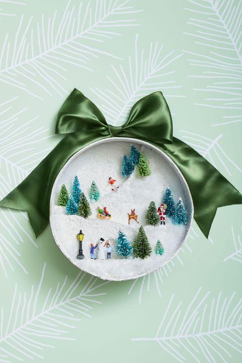70 Easy Christmas Crafts 2020 Simple Diy Holiday Craft Ideas