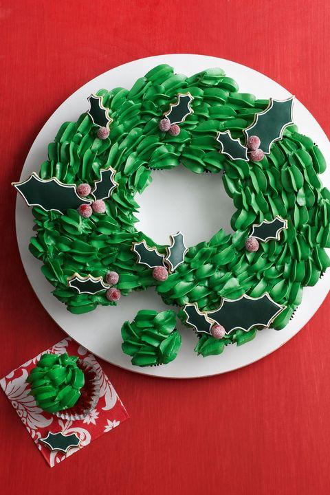 christmas cupcakes cupcake wreath