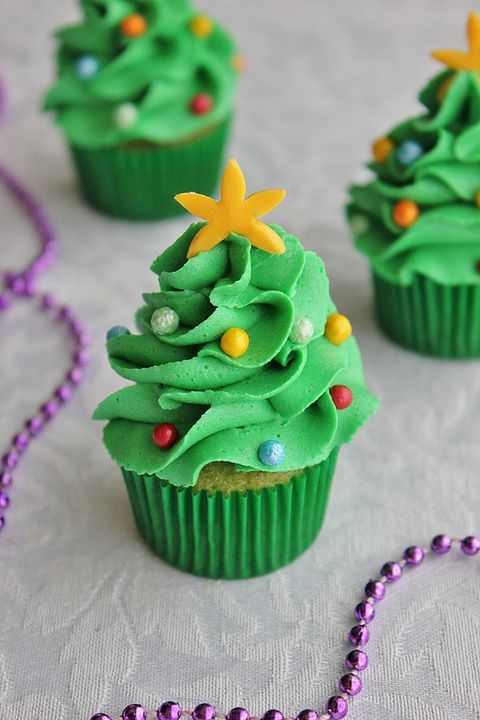 Christmas Themed Cakes Pictures.35 Easy Christmas Cupcakes Best Recipes For Holiday Cupcakes