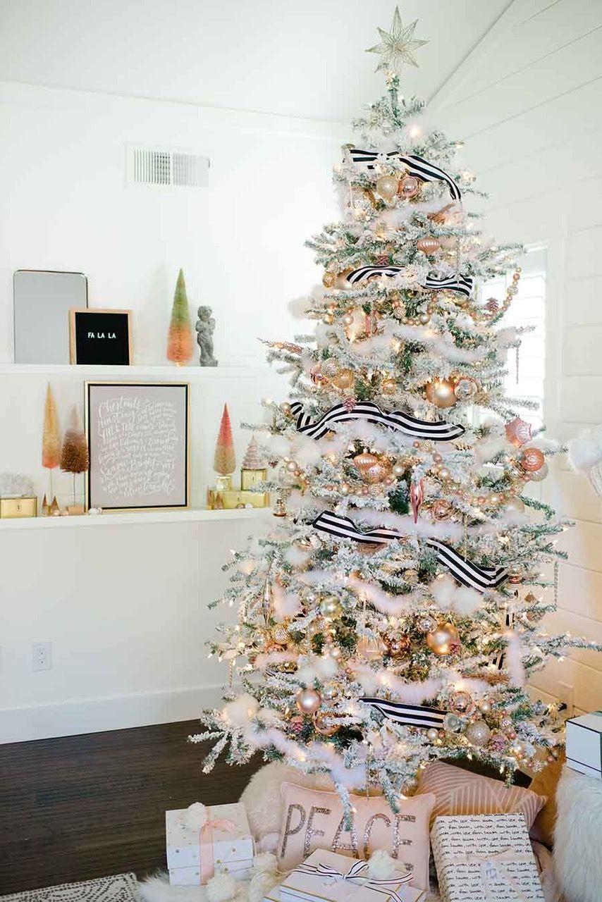 75 christmas decoration ideas 2020 stylish holiday decorating 75 christmas decoration ideas 2020
