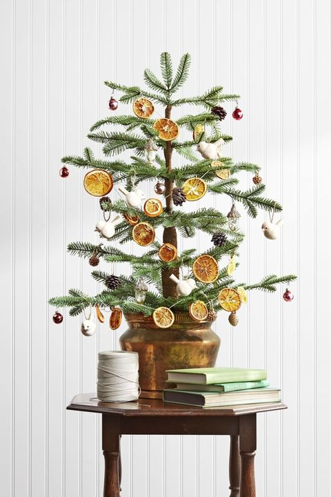 christmas decoration ideas citrus garland