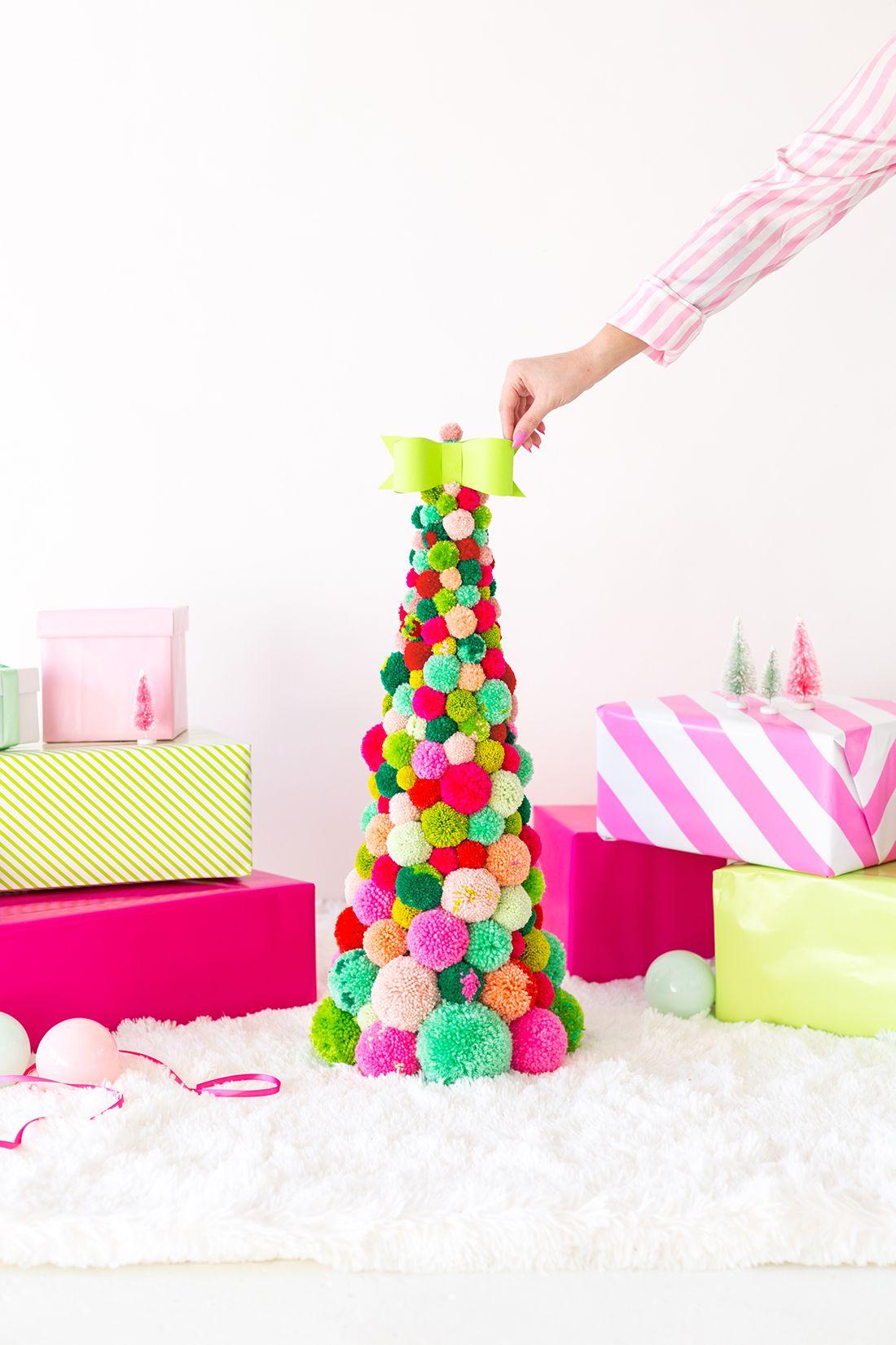80+ DIY Christmas Decorations , Easy Christmas Decorating Ideas
