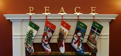 Christmas Mantle.25 Christmas Mantel Decor Ideas Fireplace Holiday Decorations