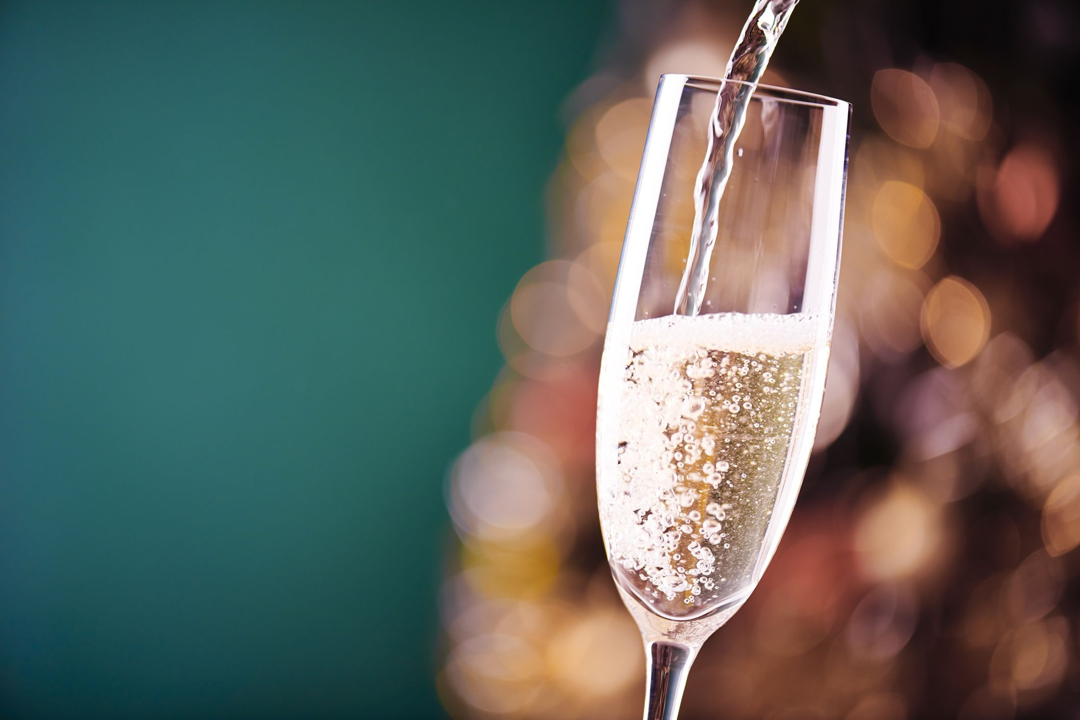 Aldi S Bargain Champagne Scores Big In Christmas Taste Test