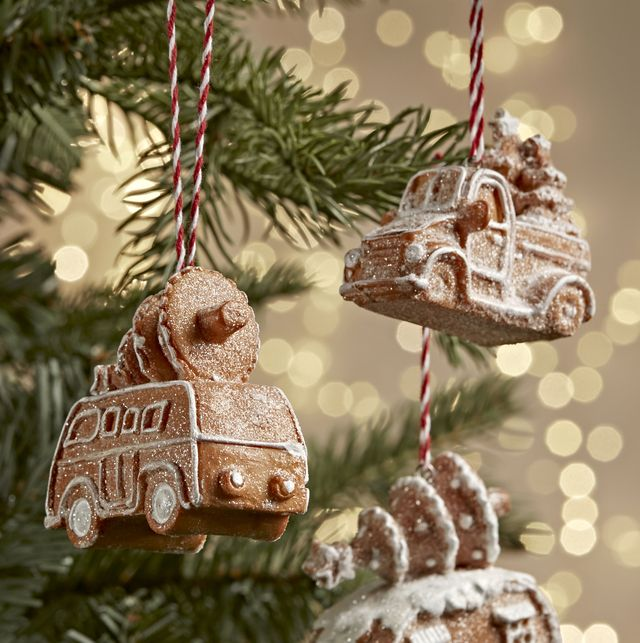 18 christmas tree baubles for 2021