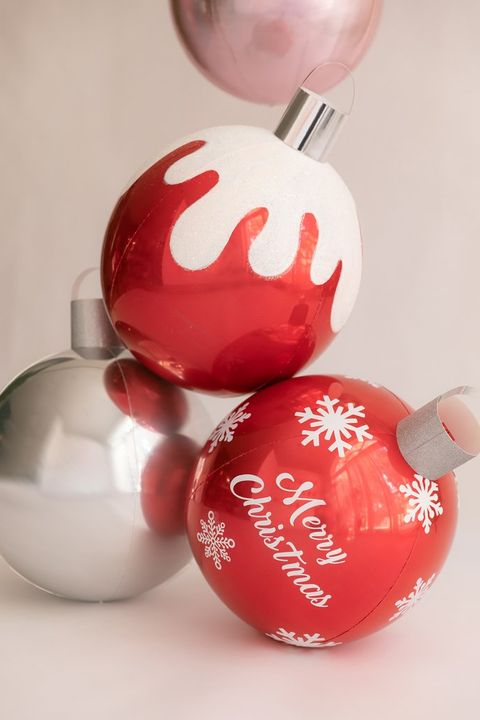 christmas decorations balloons