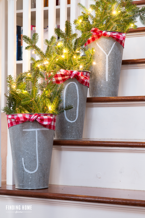 christmas decorations for stairs buckets