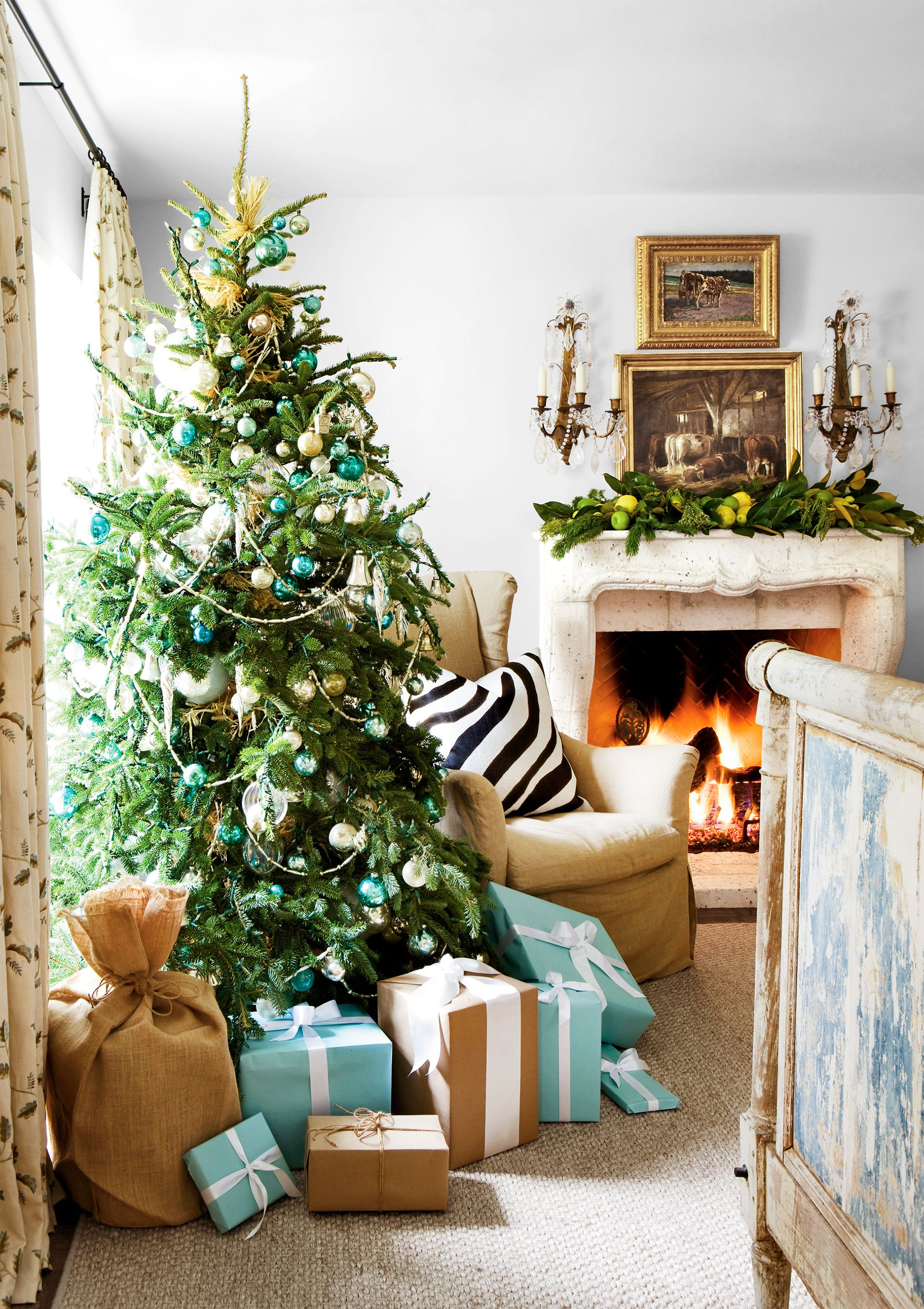 christmas tree ideas for small living room