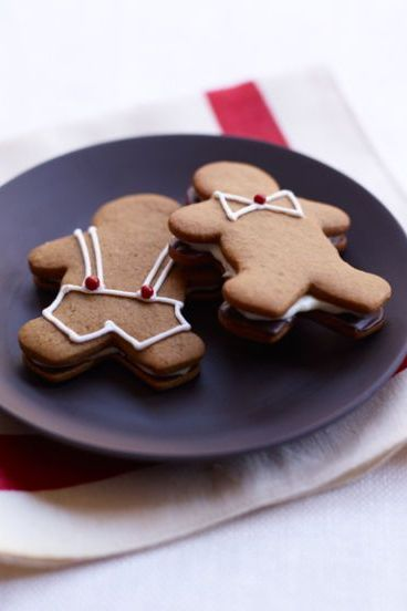 christmas desserts gingerbread men smores
