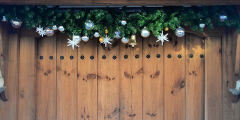 30 Christmas Door Decoration Ideas Pretty Holiday Front