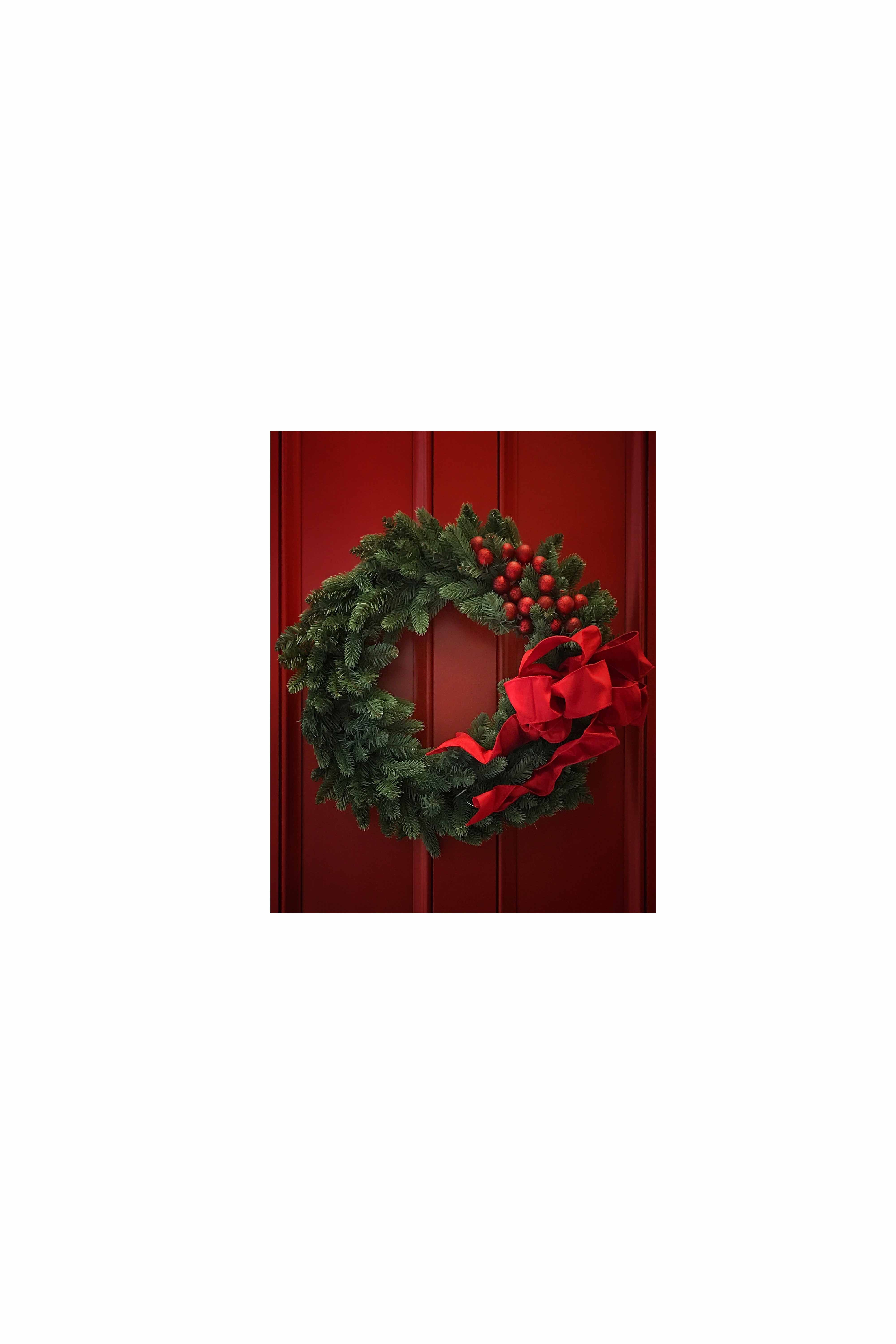 30 Christmas Door Decoration Ideas , Pretty Holiday Front Doors