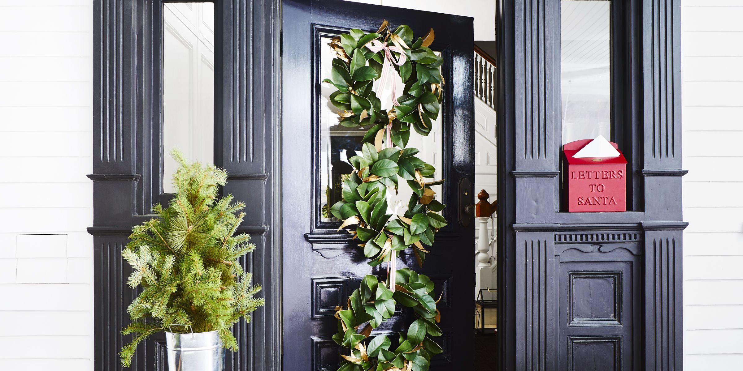 Christmas Door Decorations.36 Christmas Door Decorating Ideas Best Decorations For