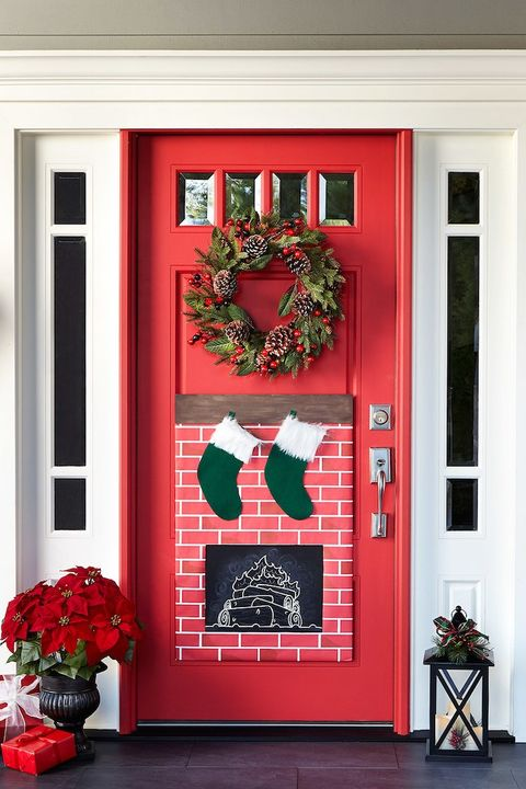 christmas fireplace door decor - Christmas Front Door Decor