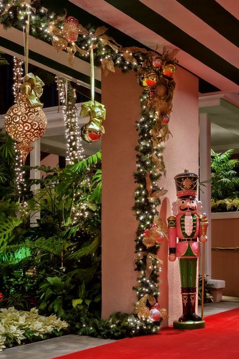 30 Gorgeous Christmas Garland Ideas 2019 How To Decorate With