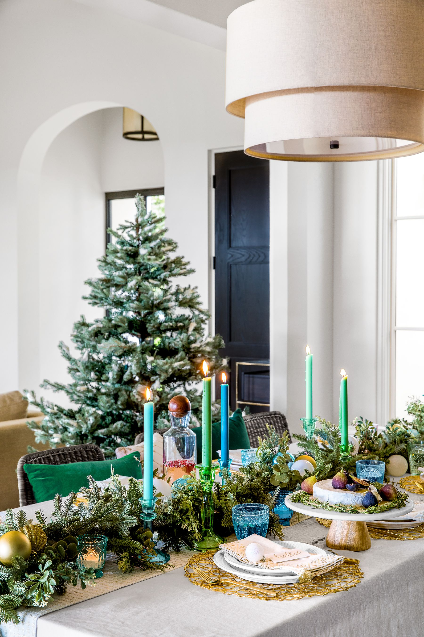 25 Christmas Garland Ideas - Decorating