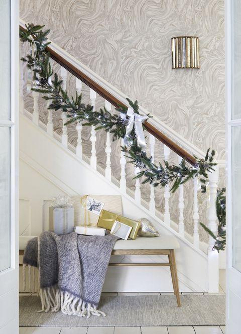 christmas hallway, style inspiration
